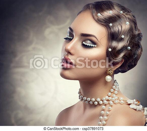mooie vrouw, pearls., makeup, jonge, retro, gestyleerd, verticaal - csp37891073