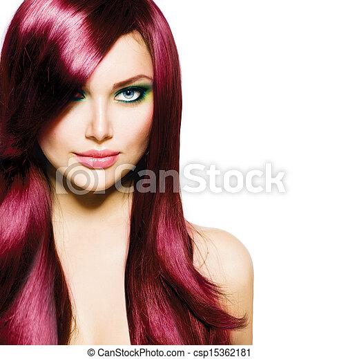 Hermosa morena con cabello largo y ojos azules - csp15362181
