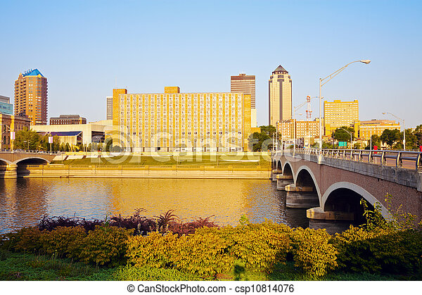 Morning in Des Moines - csp10814076