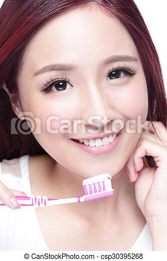 mosoly, nő, söpör fog - csp30395268