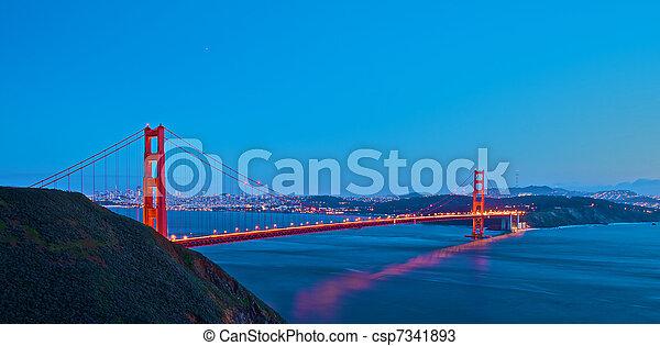 most, zachód słońca, brama, złoty - csp7341893