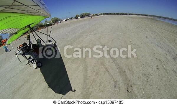 Motorized hang glider takeoff