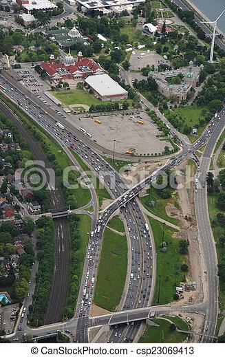 motorväg, antennen beskådar - csp23069413