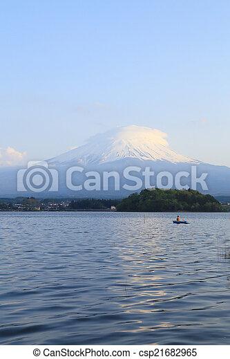 Mount Fuji, view from Lake Kawaguchiko - csp21682965