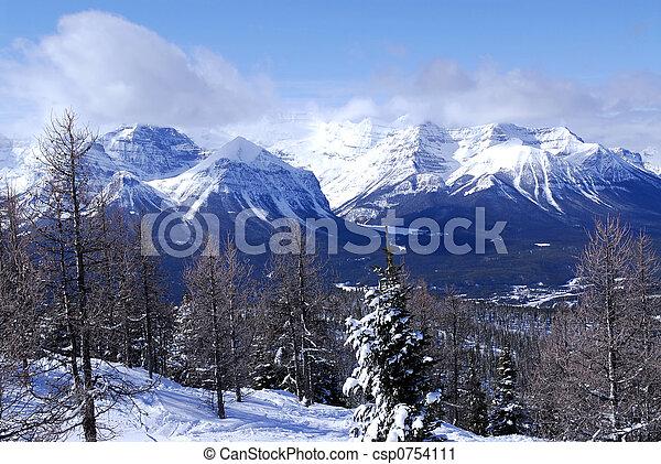 mountains, vinter - csp0754111
