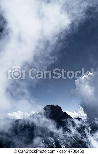 Mt jade con nubes - csp14700450
