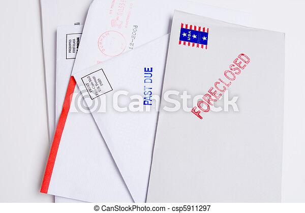 mucchio, foreclosed, isolato, dovuto, bollato, posta, passato - csp5911297