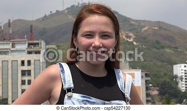 Chicas adolescentes felices - csp54227130