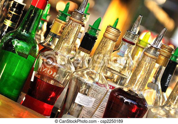 muchos, botellas, alcohol - csp2250189