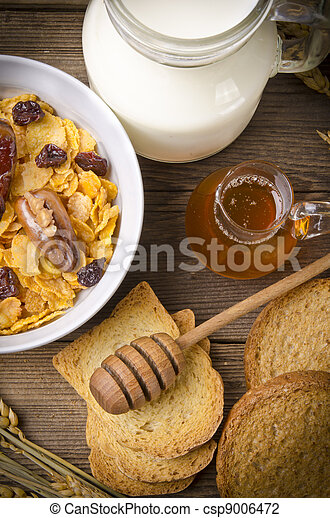 Muesli with low-fat milk and rusk - csp9006472