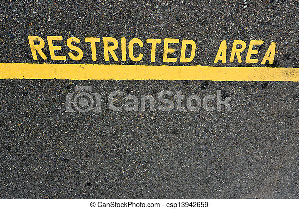 Señal de área restringida - csp13942659
