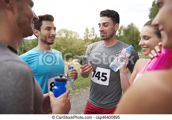 muito, aguando, após, esvaziando, maratona - csp46400895
