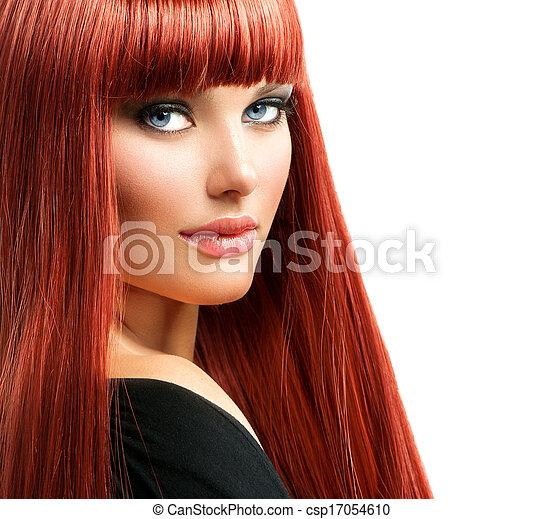 Retrato de mujer hermosa. Cara de chica modelo pelirroja - csp17054610