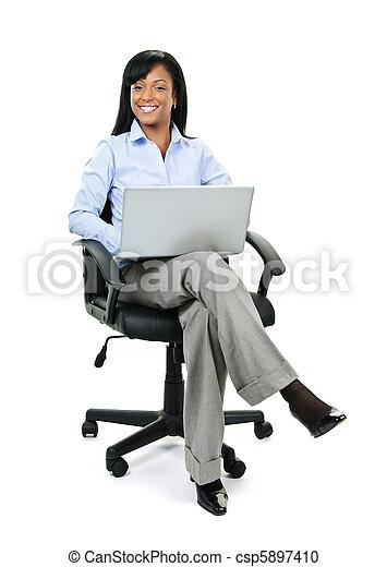 mujer de negocios, silla, computadora, oficina, sentado - csp5897410