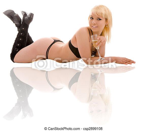 Mujer desnuda - csp2899108