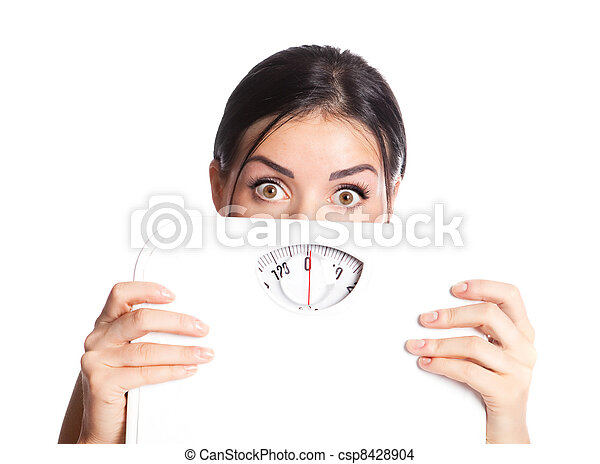 Mujer con escamas - csp8428904