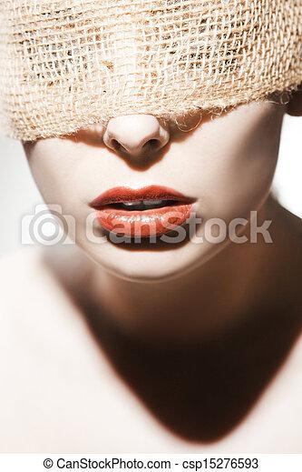 mujer hermosa - csp15276593