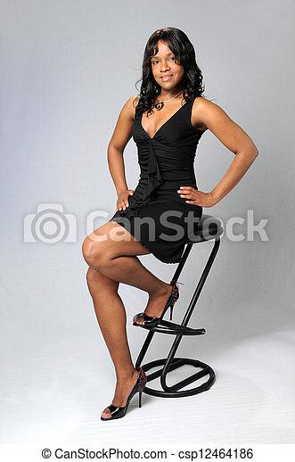 mujer, joven, sentado - csp12464186