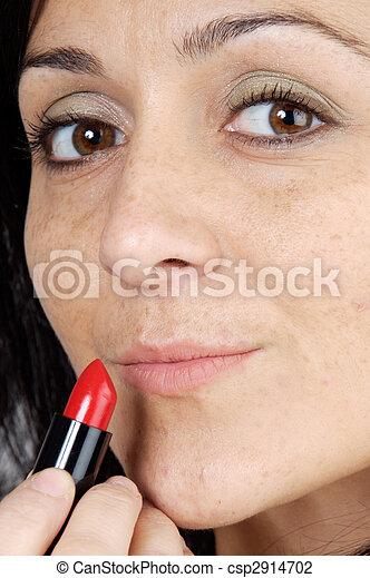 mujer, lápiz labial - csp2914702