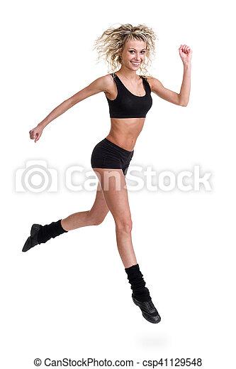 Aerobics fitness mujer saltando aislado en cuerpo completo. - csp41129548