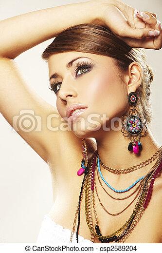 mujer, moda, joyas - csp2589204