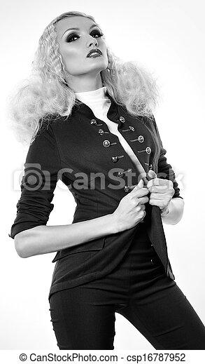 mujer, moda, maquillaje - csp16787952