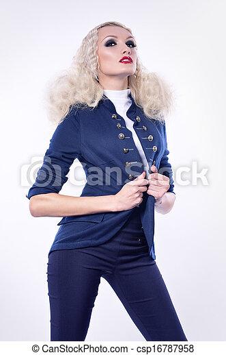 mujer, moda, maquillaje - csp16787958