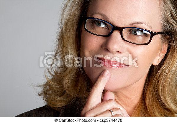 Mujer pensante - csp3744478