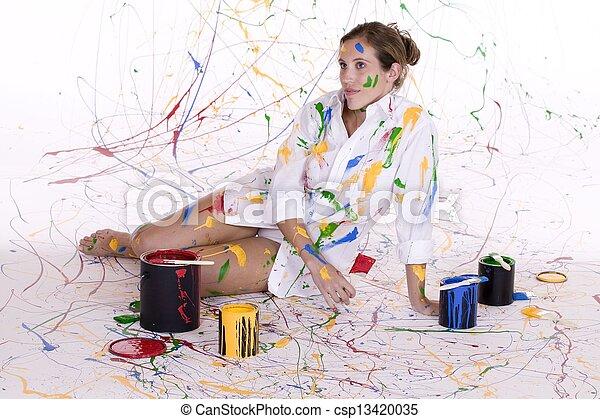 mujer, pintura - csp13420035