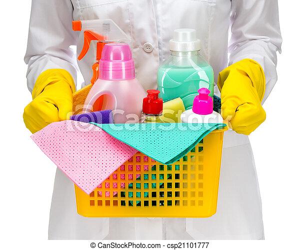Una sirvienta más limpia con plástico - csp21101777
