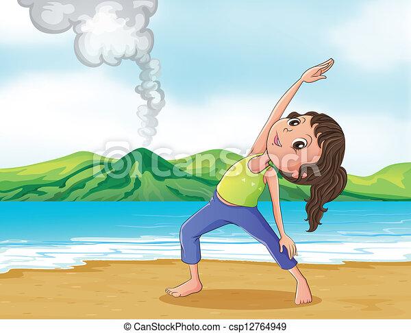 Una mujer ejercitándose en la playa - csp12764949