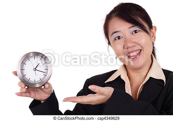 Mujer con reloj - csp4349629