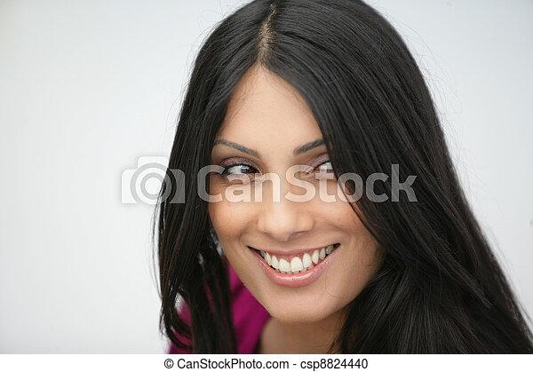 Mujer sonriente - csp8824440