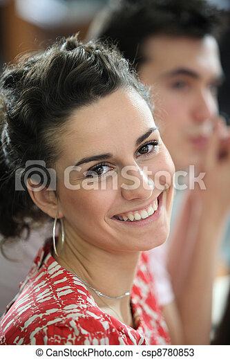 Mujer sonriente - csp8780853