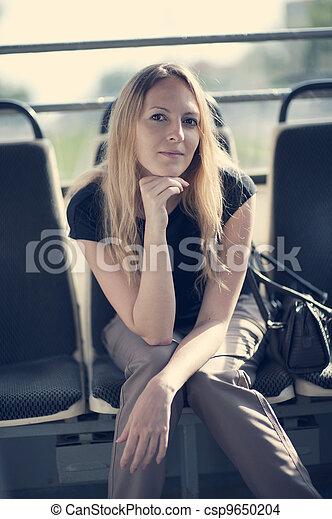 mulher bonita - csp9650204