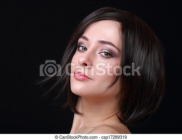 mulher bonita, cabelo, shortinho, pretas, retrato, closeup, excitado, looking. - csp17289319
