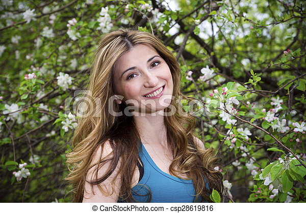 mulher bonita, jardim - csp28619816