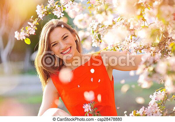 mulher bonita, jardim - csp28478880