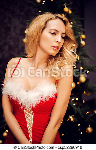mulher bonita, loura, vestido, natal, vermelho - csp52296918