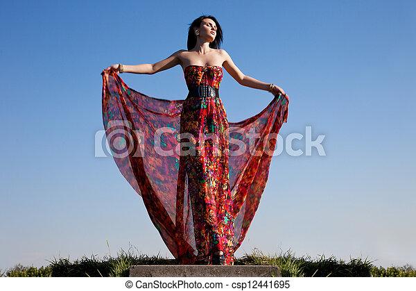 mulher bonita, vestido, vermelho - csp12441695