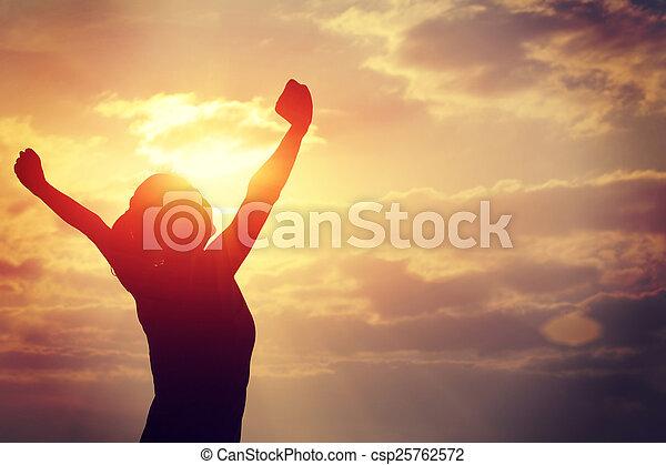 mulher, forte, braços, confiança, abertos - csp25762572
