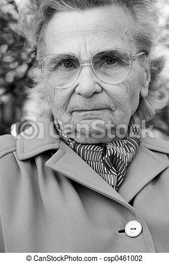 mulher, idoso - csp0461002