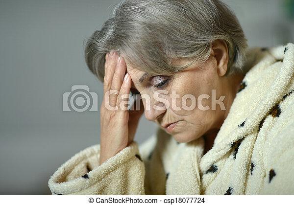 mulher, idoso - csp18077724