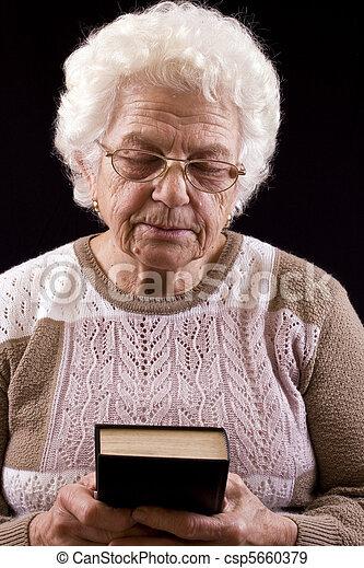 mulher, idoso - csp5660379