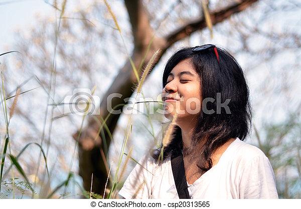 mulher, jovem, ar, respirar, asiático, fresco - csp20313565