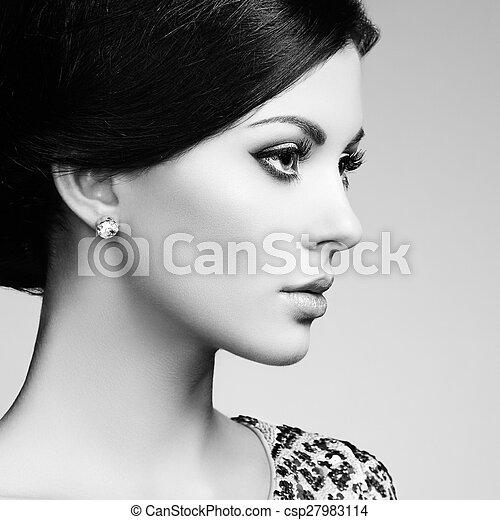 mulher, magnífico, cabelo, elegante, moda, retrato - csp27983114