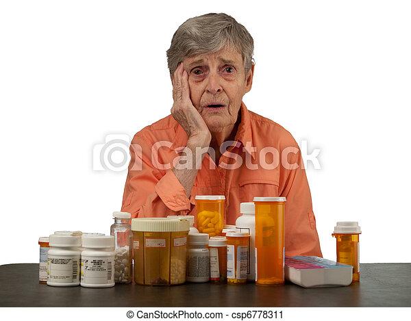 mulher, medicações, idoso - csp6778311