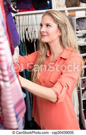 mulher, roupas - csp30439005