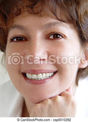 mulher sorridente - csp0010292