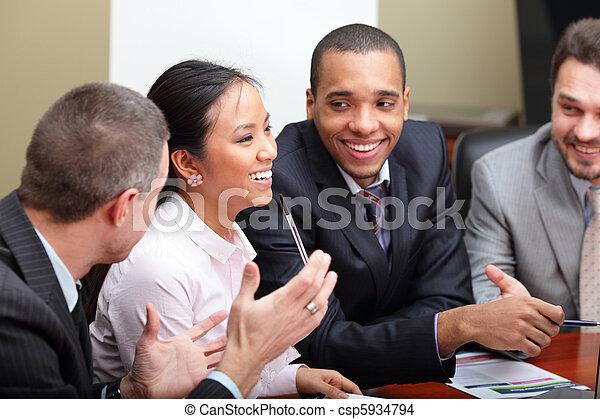 multi, eny povolání, interacting., mužstvo, ohnisko, etnický, meeting. - csp5934794